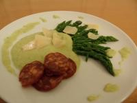 Cappuccino d'asperges vertes au chorizo et parmesan